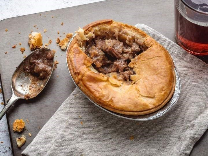 Steak and Kidney Pies (2 Pack)
